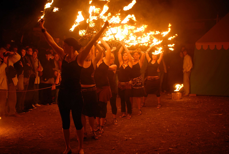 Malabarista Seite der Magdeburger Feuerspieler